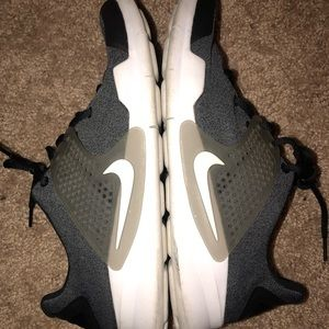Nike men's grey and black shoes size 9
